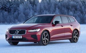 2018 Volvo V60 T8 R-Design (WW)